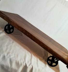 Döküm Tekerli Çam Kütük Sehpa - 125 cm Ceviz Rengi - DTS02 - Thumbnail
