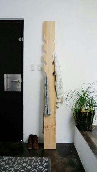 Masif Ahşap Askılık - 2 metre - HGT03